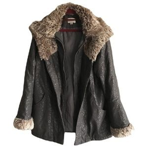 🎀Tradition Size M (10-12) Faux Fur Winter Snow Jacket Coat